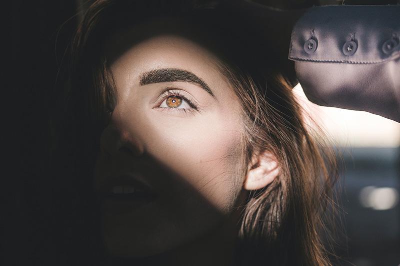 delineado permanente ojos